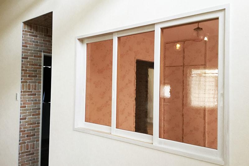 室内窓に使用した「カラードアンティーク」(2)