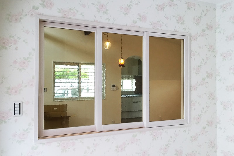 室内窓に使用した「カラードアンティーク」(4)