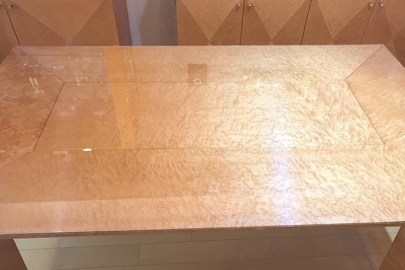 木製テーブルトップに使用した「強化ガラス」(1)