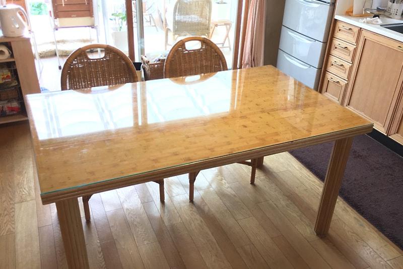 銅鋲ドットのテーブルトップに使用した「強化ガラス」(1)