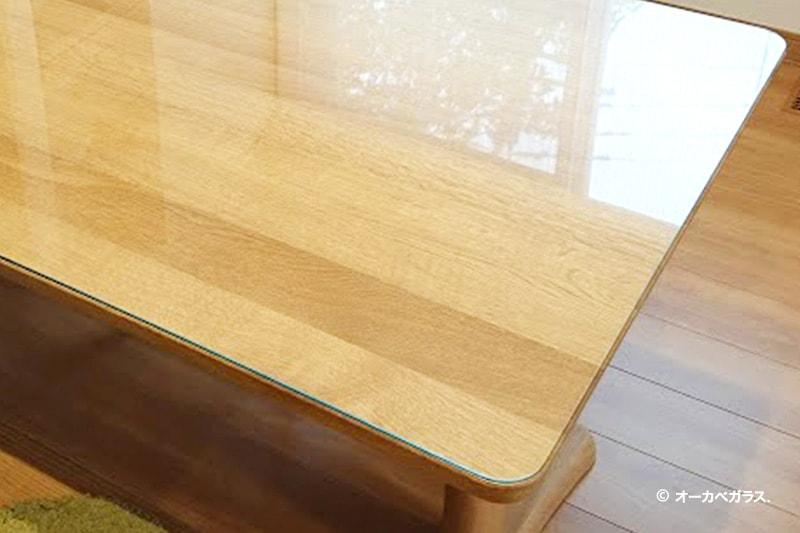 木製のテーブルトップに使用した「強化ガラス」(2)