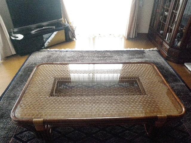 籐テーブルの天板に使用した「強化ガラス」(1)