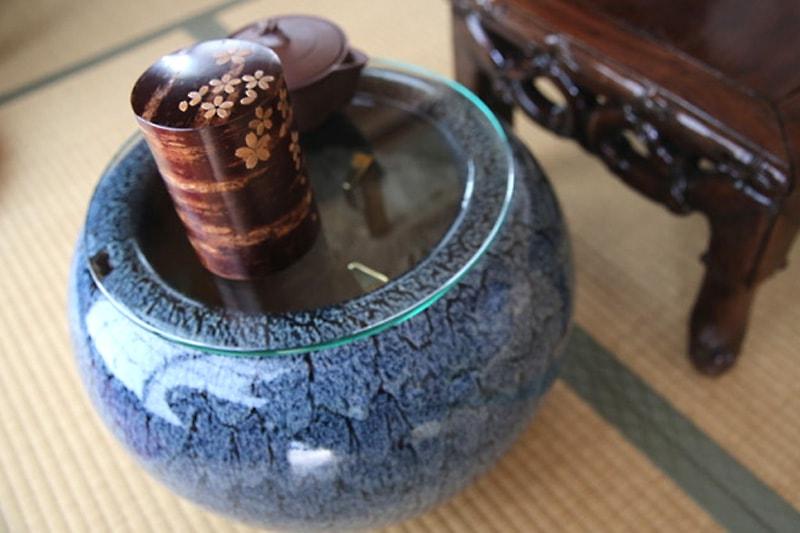 火鉢の上に設置した「強化ガラス」(3)