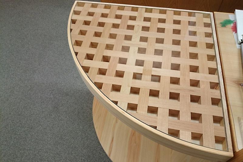 千鳥格子のテーブルトップに使用した「強化ガラス」(1)