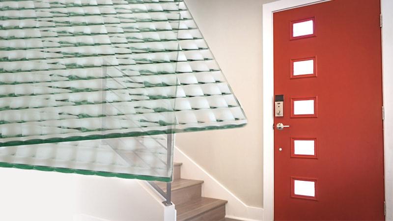 目隠し効果もバッチリ!ドア窓にデザインガラスの「チェッカーガラス(ヒシクロス) 」を使用した事例3選のお写真