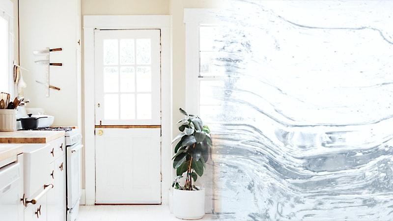ヴィンテージ感UP!ドア窓にデザインガラスの「アルトドイッチェK」を使用した事例3選のお写真