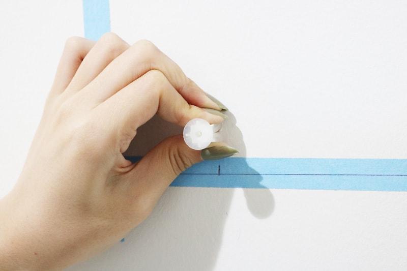 ツメ金具・速乾ボンド・ミラーマットを使用した鏡の取付方法(4)