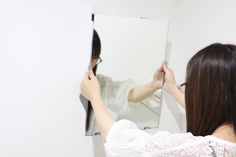 ツメ金具を使用した鏡の取付方法(14)