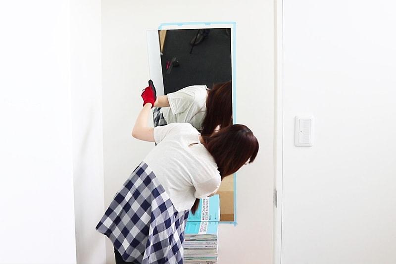 速乾ボンド・ミラーマット・ミラーボンドを使用した鏡の取り付け方(12)