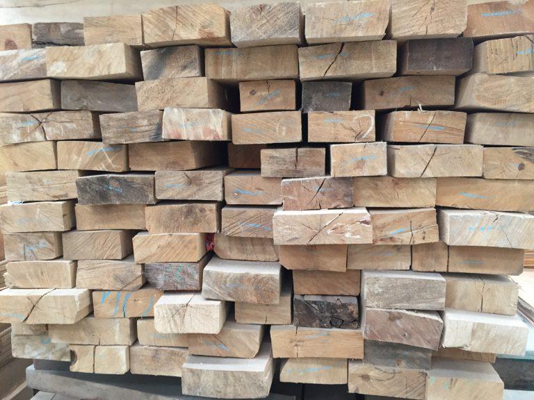 木製ハンガー・木の種類選び