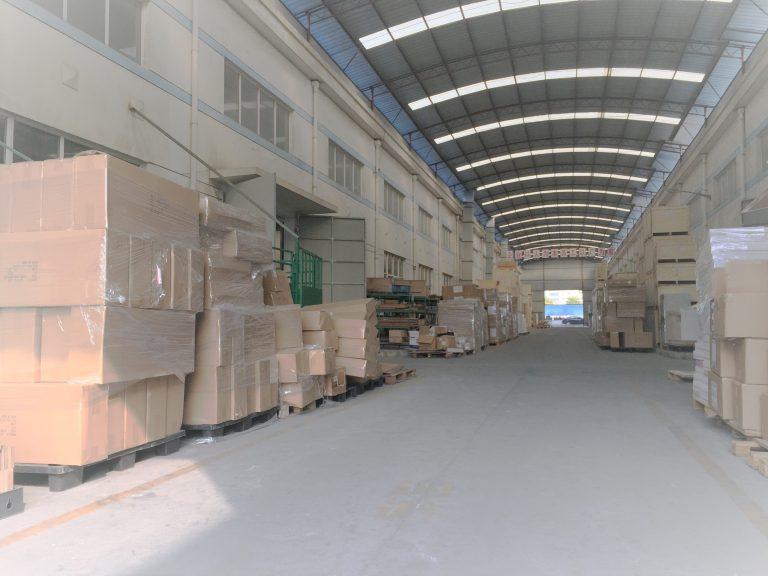 ディスプレイの総合工場!!上海自社工場紹介