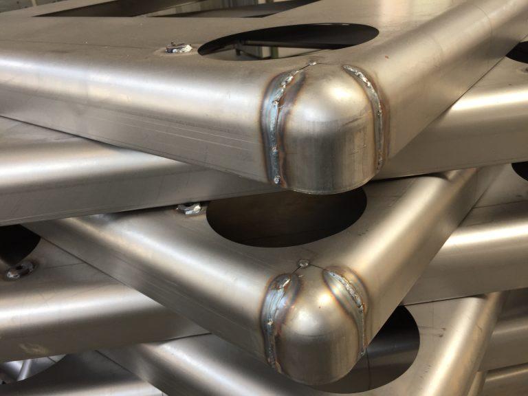 金属什器の素材・仕上げ辞典・これを見れば什器素材の基礎がわかる。