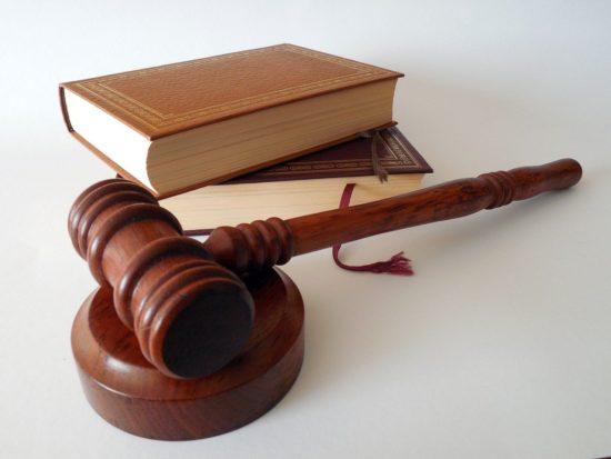 記事:個人情報の漏えいの損害賠償額の判例まとめのイメージ画像