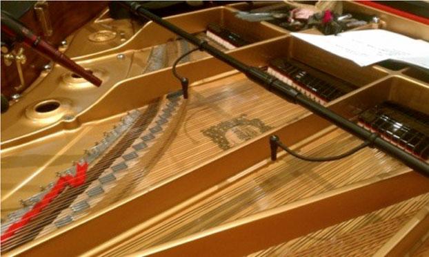 フルオープンのピアノにPM40TとSR69(現SR20)がセットアップ