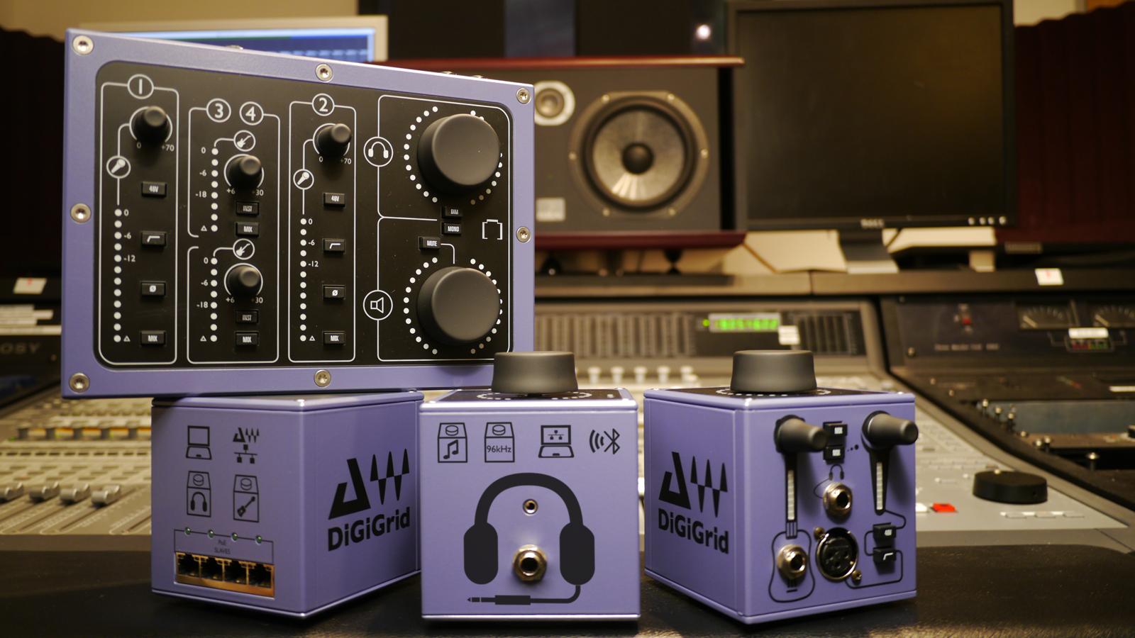 SoundGrid Serverを用いた大型のシステムを構築しつつ、デスクトップでの手軽さも確保した環境
