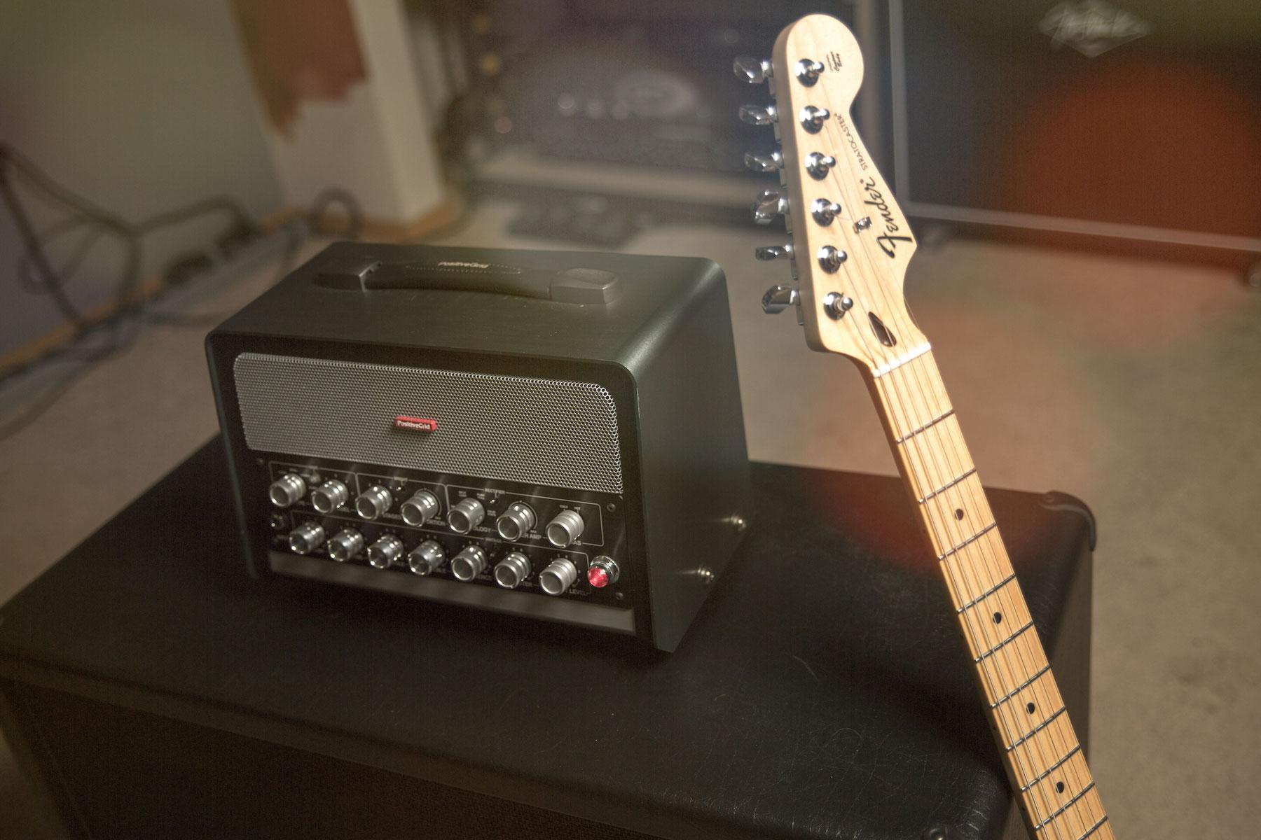自分好みのカスタマイズも、ソフトウェアによる深いエディットも、一つの「まったく新しい」ギターアンプで