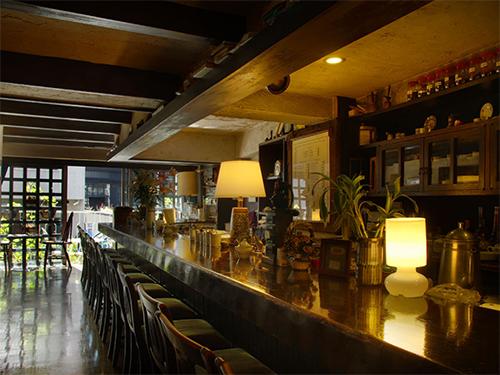 カフェスタジオ六本木 明泉ビル2Fの画像2