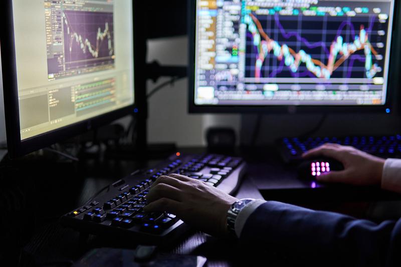 株式投資ってそもそも副業になるの?