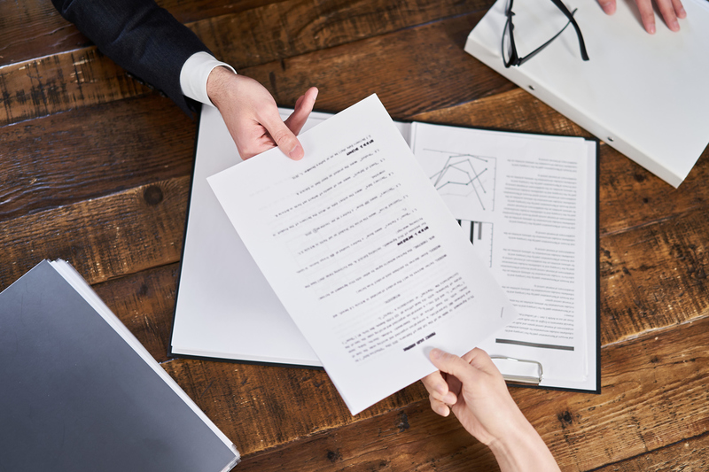 契約書作成におすすめの外注先4選とそれぞれへの依頼方法