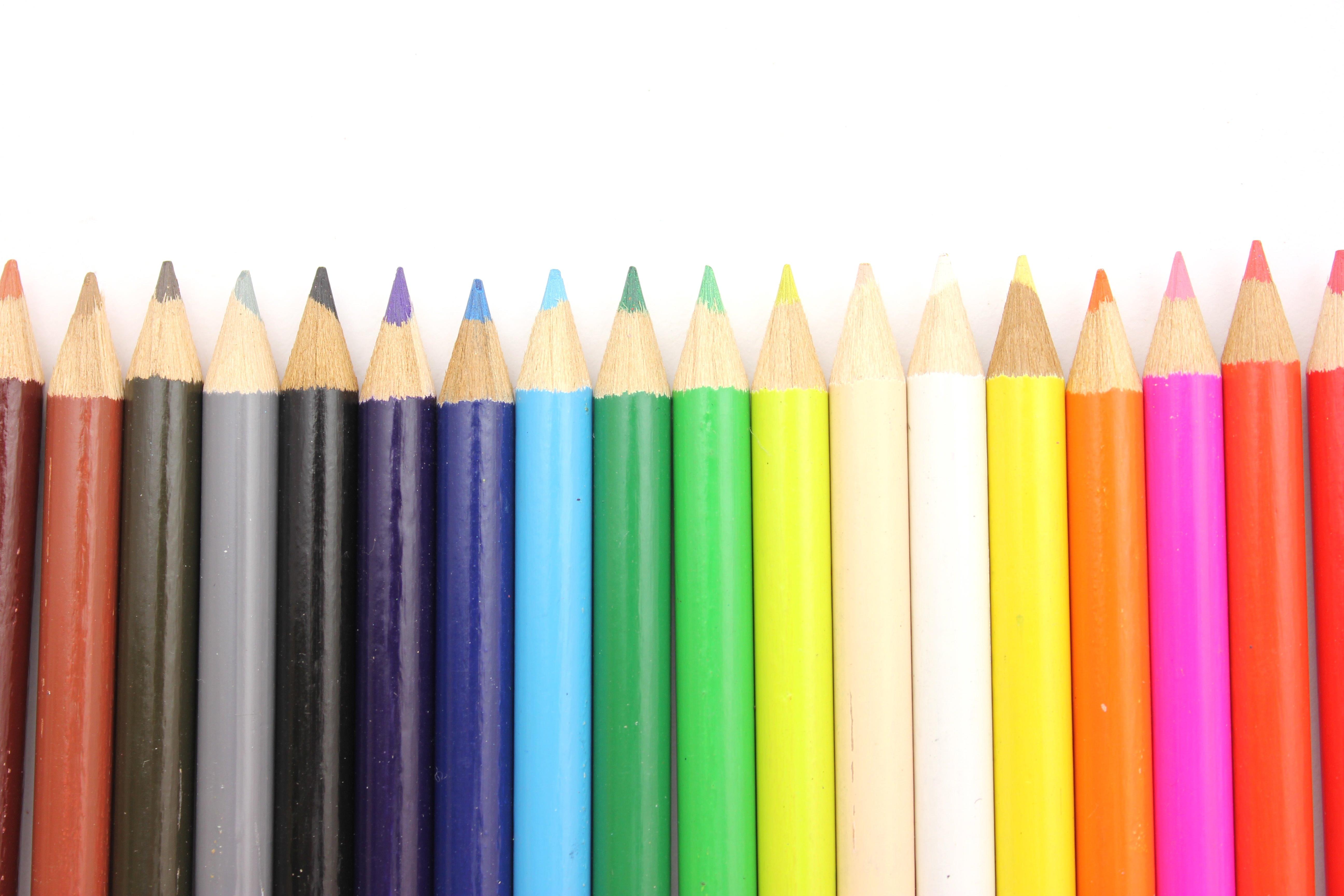 デザインで参考になる配色と3つの効果
