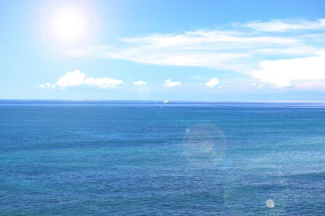 【サザンオールスターズ/太陽は罪な奴】夏らしい歌詞の意味を紐解く!「太陽にkiss」ってどういう事?の画像