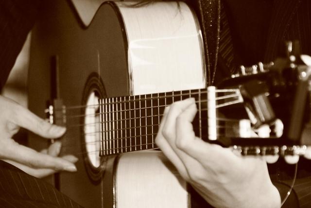 アコースティックギターおすすめ人気ランキング12選!【初心者から上級者まで】選び方のポイントは4つの画像