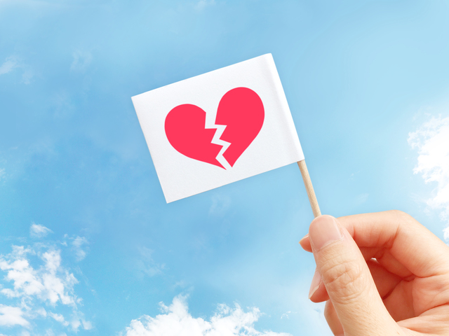Janne Da Arc【Kiss Me】歌詞の意味を考察!「死んだ」と言い聞かせるほどに好き?の画像