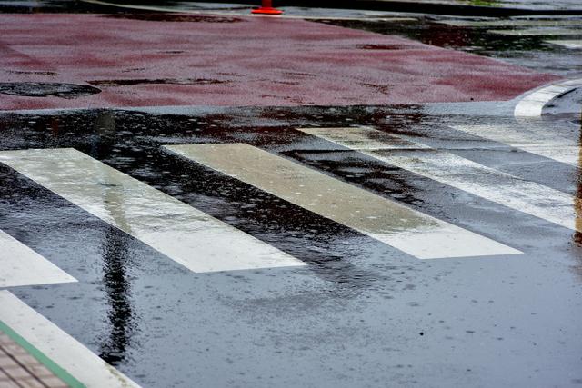 ロス・インディオス&シルヴィア【別れても好きな人】歌詞の意味を徹底解説!雨の夜に別れを告げる真意とはの画像
