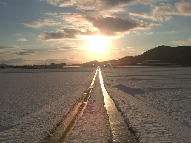 てれび戦士2009【夢のチカラ】歌詞の意味を解釈!時空を超えたメッセージとは?明日を変える鍵に迫るの画像