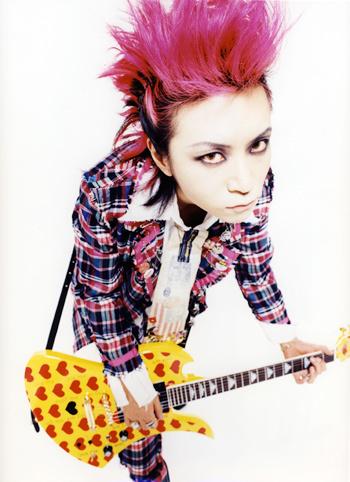 X JAPANのギタリストとして有名なHIDEっていったいどんな人?の画像