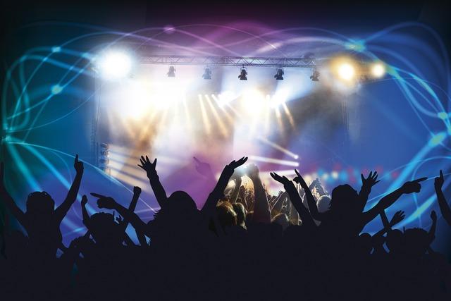 【SUGA SWEET/FAKY】絶景だらけのMVは必見♡夏を盛り上げるダンスチューンの歌詞とは?の画像