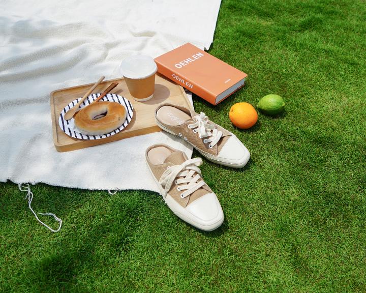 奶茶色方頭穆勒鞋