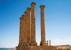 画像:2月 サブラータの古代遺跡(リビア) 魅惑の世界遺産 2017年版カレンダー