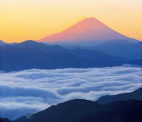 画像:1-2月 富士山(山梨) 彩 2017年版カレンダー