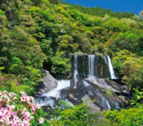 画像:5-6月 龍門の滝(大分) 日本六景 2018年カレンダー