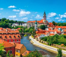画像:5月 チェスキー・クロムロフ(チェコ) 外国風景 2018年カレンダー