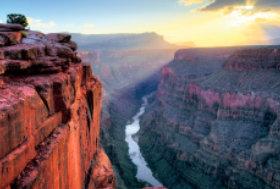 画像:9月 グランドキャニオン国立公園(アメリカ) ユネスコ世界遺産 2018年カレンダー