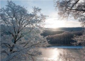 画像:12月 網走川の朝景(北海道) 四季水景 2018年カレンダー