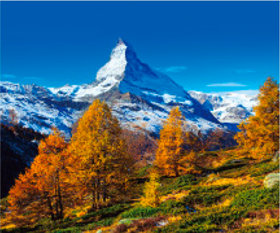 画像:10月 マッターホルン(スイス) 世界の景観 2018年カレンダー