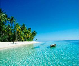 画像:7月 クダバンドス島(モルディブ) 世界の景観 2018年カレンダー