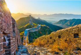 画像:11月 万里の長城(中国) 文化遺産の旅(ユネスコ世界遺産) 2018年カレンダー