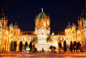 画像:12月 チャトラパティ・シュヴァージー・タイミナス駅(インド) 文化遺産の旅(ユネスコ世界遺産) 2018年カレンダー