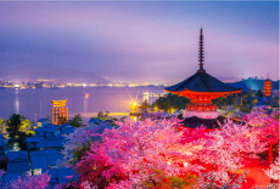 画像:4月 厳島神社(日本) 文化遺産の旅(ユネスコ世界遺産) 2018年カレンダー