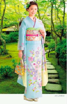 画像:7-8月 おのののか(大河内山荘/京都) 女優・すがた 2018年カレンダー