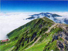 画像:8-9月 宝剣岳山頂より空木岳(長野) 彩り日本(12月はじまり) 2018年カレンダー