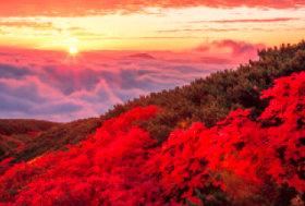 画像:9月 乗鞍岳より(長野) 輝く太陽 2018年カレンダー