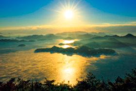 画像:12月 三原市(広島) 輝く太陽 2018年カレンダー