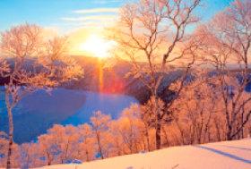 画像:2月 摩周湖(北海道) 輝く太陽 2018年カレンダー