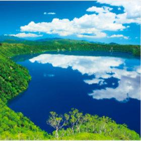 画像:7-8月 摩周湖(北海道) 美しい水辺(フィルムカレンダー) 2018年カレンダー
