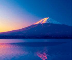 画像:1-2月 河口湖と富士山(山梨) 日本の詩情(フィルムカレンダー・小) 2018年カレンダー